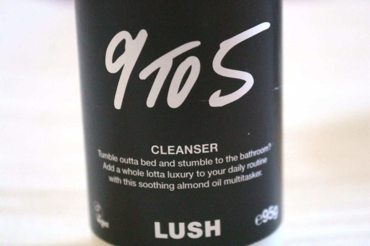 morning routine lush cleansing cleanse 9 to 5 cream cleanser