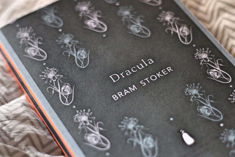 classics bram stoker dracula fiction vampire